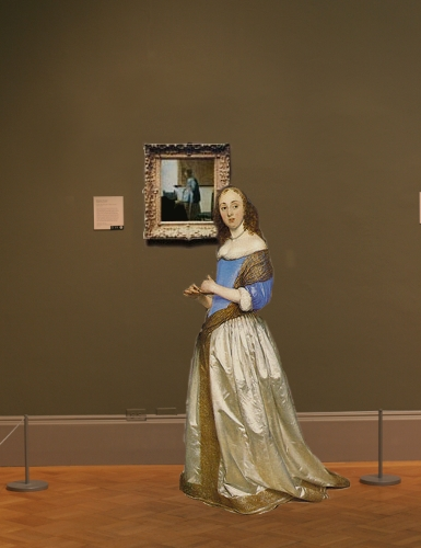 Johannes Vermeer's Woman in Blue Reading a Letter in scale