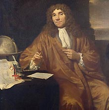http://www.essentialvermeer.com/catalogue/images/intractv/asto_leeuwenhoek.jpg