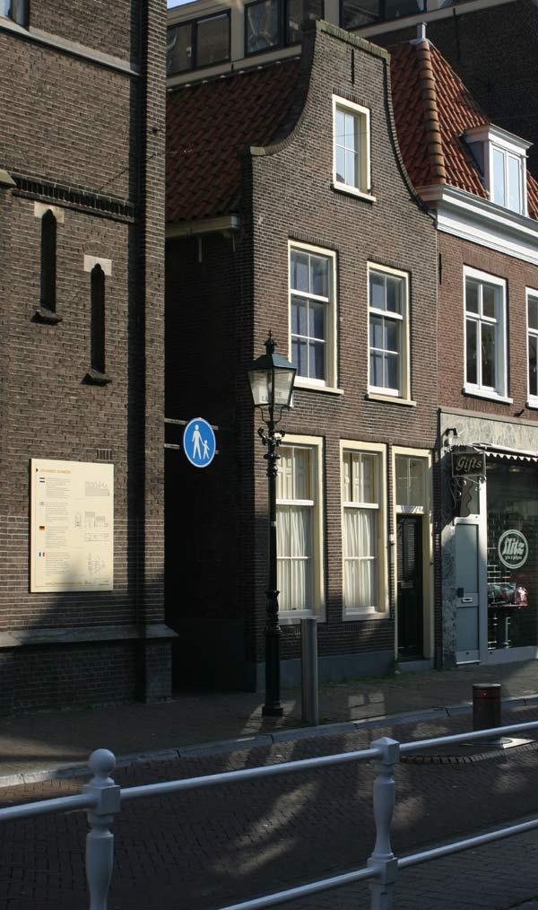 Vermeer's Delft Today:...