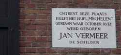 comerrorative plaque dedicated to Vermeer in  Delft