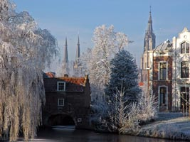 this exquisite image is courtesty of Pieter Haringsma. For more images of Delft and Holland, please visit Pieter's site. Pictures of Holland